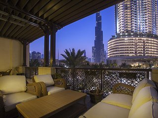 Shakespeare {Ease by Emaar} | Luxurious 2 Bedr...