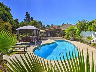 NEW! Upscale Paso Robles Estate w/ Lanai & Pool!
