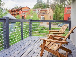 Private Balcony | 10 Miles to Winter Park