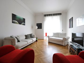 Prestigious 1bdr in the heart of Milan, Porta Venezia