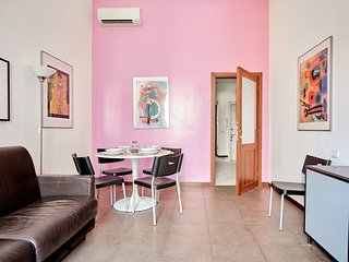Bright 1bdr apartment in Piazza Argentina, Loreto