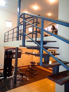 Gym on the 7th floor Peninsula.