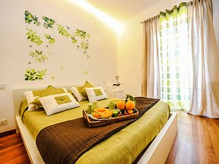 Family-friendly Appartamento Stefania in Sorrento centre with air-conditioning
