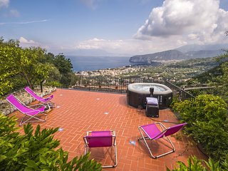 Villa Fedela with Seasonal Hot Tub, Sea View and Parking near Sorrento