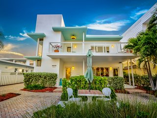 Devine by the Sea 2 Bedroom/2 Story Ocean View