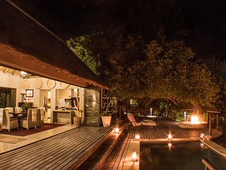 The Royal Suite - The River Lodge at Thornybush - 4 sleeper luxury villa