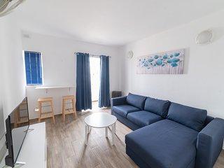 Sliema Central Apartment - sleeps 10