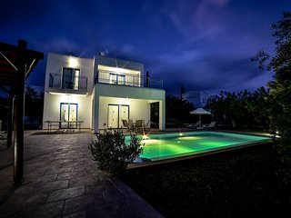 Azzurro - 1 Bedroom Villa Peyia