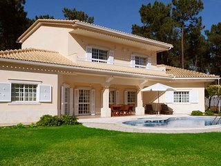 Casa Aroeira Roses