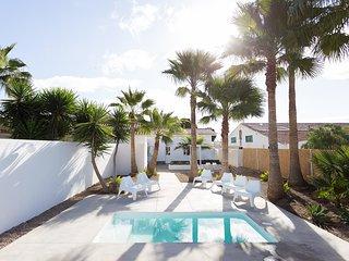 Amarilla Palm- Mar