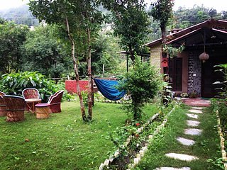 Bohemian grove lodge and camping (2), holiday rental in Gagar