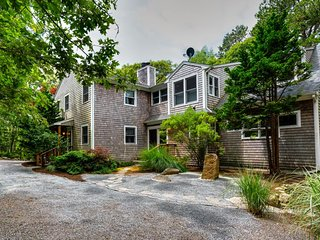 NEW LISTING! Updated Martha's Vineyard home w/jet tub, fireplace- near ferry