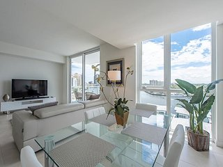 Tiffany House on Fort Lauderdale Beach 1 bedroom with stunning water views