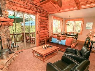 ~Heavenly Daze~Immaculate Log Home With Pool Table~Ski Slope Views~