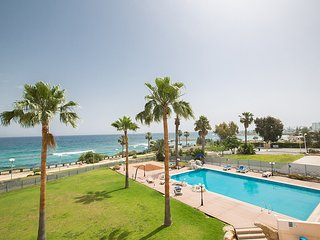 Tayla Fig Tree Bay Apartment, Protaras center