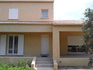 Villa neuve sur la Côte Orientale CORSE