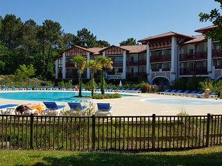 Appartement Biscarrosse golf rez de jardin proche piscine