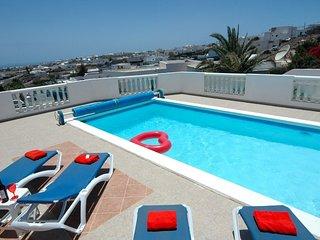 Villa Davida - Wonderful 4 bed villa located in Tias Ref LVC299791