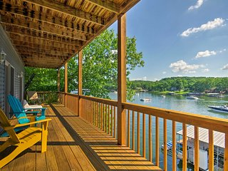NEW! Lakefront Home, MM8 in Cove w/Private Dock!