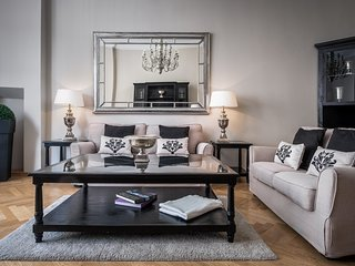 Fabulous Berlin, Three Bedroom, Two Bathroom Luxury Apartment, Sleeps 5