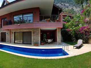 Lovely Garden Studio with Pool, Gym and Seaview in Gocek, Fethiye