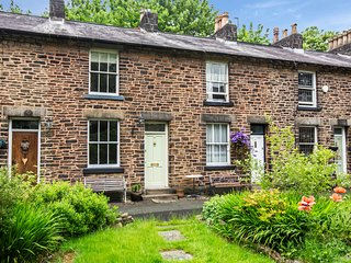 Eagley Cottage, in a beautiful rural conservation village