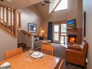 Private Games Room! Bright + Spacious Banff Condo