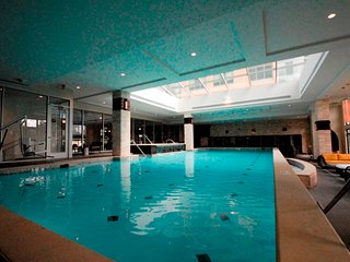 Global Luxury Suites at Hidden Creek