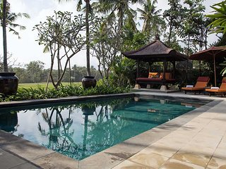 Garden & Pool View - Villa Senja