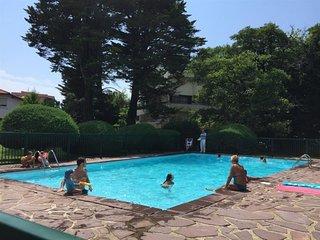 ARGHITZEA : studio avec piscine entre Biarritz et Anglet