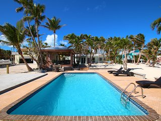 The Beach House-Oceanfront Estate with pool and dock-Islamorada Florida Keys