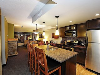 Bright Mountain Condo - Private Balcony, Communal Hot Tub & Fire Pit!