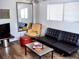 1/2 Mile to Convention Center- 1BR APT Downtown PHX - 101