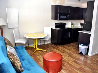 Downtown PHX Roosevelt Row Arts District 1 BR - APT 116
