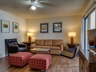 2 Bed Apartment near Old Town Scottsdale C103
