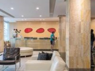 DOWNTOWN TORONTO CONDO/HOTEL LAKE VIEW