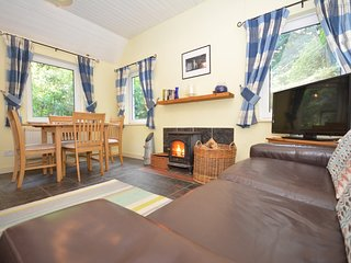 62119 Cottage situated in Laugharne (2.5mls SW)