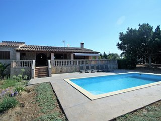 Rustic Villa in Palma. 6 Pax, 3 Bedrooms. Private pool. Clear Views - 00072- - F