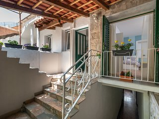 Holiday house Polus is perfect place for your vacation, 5 min walk from Trogir c