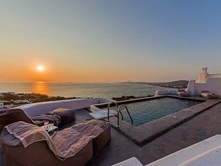 Venti Villa Naxos | Luxury Sea View Villa in Naxos