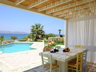 Valea Villa Naxos with Private Swiimming Pool