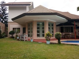 Casa Mercedes Tagaytay Vacation Home