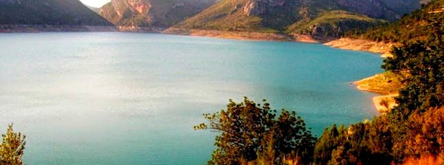 The Embalse de Forata, an area of outstanding natural beauty. Cycling, walking or just relaxing