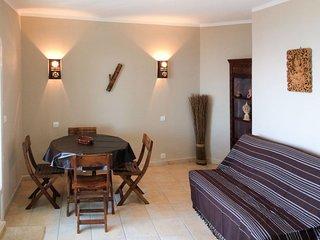 4 bedroom Apartment in Saint-Peire-sur-Mer, Provence-Alpes-Cote d'Azur, France :
