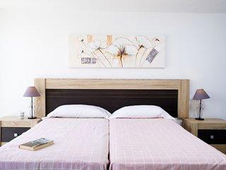 2 bedroom Apartment in Castillo Bajo, Andalusia, Spain : ref 5649477