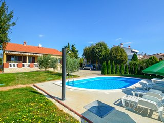 3 bedroom Villa in Pavicini, Istria, Croatia : ref 5033797