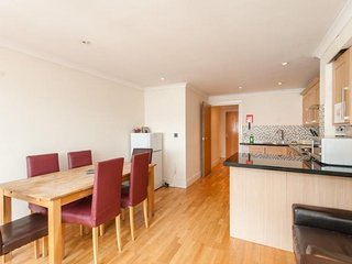London Serviced Apartment | apx. 21 mins from 10 Downing Street