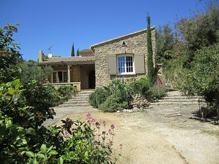Villa with pretty garden of olive trees and shrubs, private pool, sleeps 6