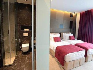 Venus Hotel - Deluxe Twin Room 2