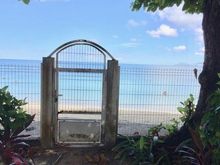 Cosy studio 'Corail', foot in the water at Anse-Mitan without sargasse